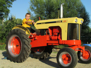 The Badge Factory's Kid's & Tractors Photo Contest 2016