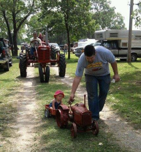 2016 Kid's & Tractors Photo Contestant -- Smith