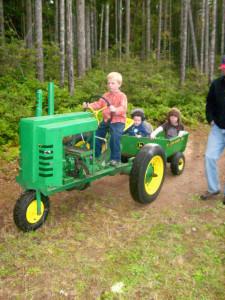 2016 Kid's & Tractors Contestant - Stewart